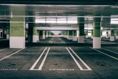Tempat Parkir Lantai Bawah